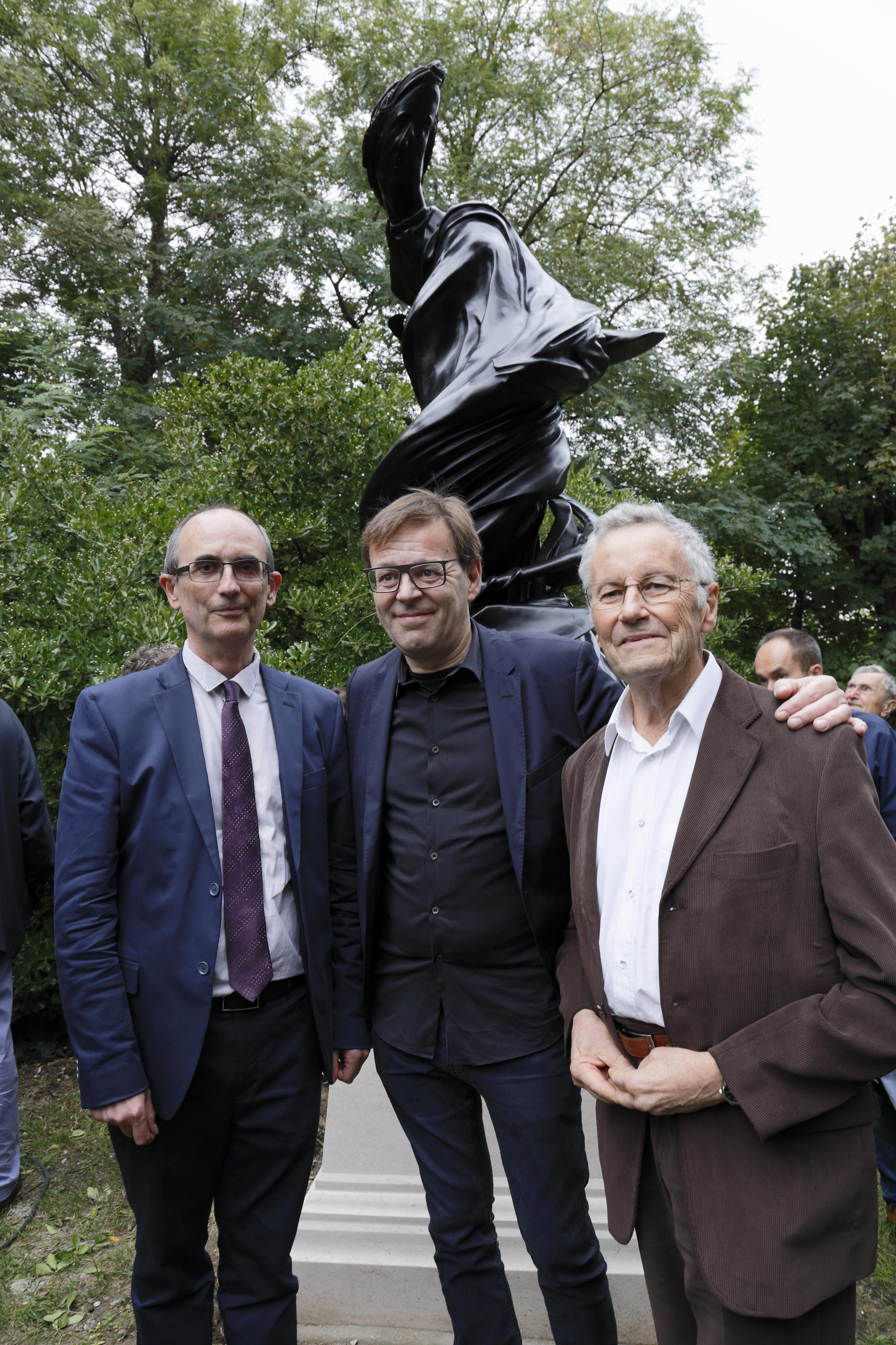 Claude Catala, Wim Delvoye et James Lequeux, astronome de l'Observatoire de Paris et grand spécialiste de François Arago. © Pascal Blonde, Observatoire de Paris