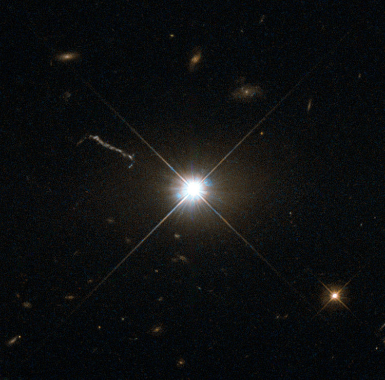 Le quasar 3C 273 - droits : ESA/Hubble & NASA