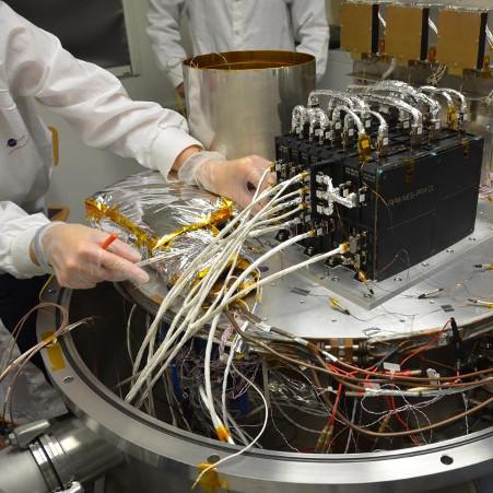 Test de l'instrument RPW pour Solar Orbiter – droits : LESIA/Observatoire de Paris