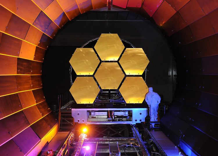 Le futur successeur d'Hubble, le James Webb Space Telescope - droits : Ball Aerospace