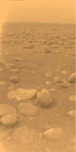 Le sol de Titan photographié par la sonde Huygens - droits : ESA