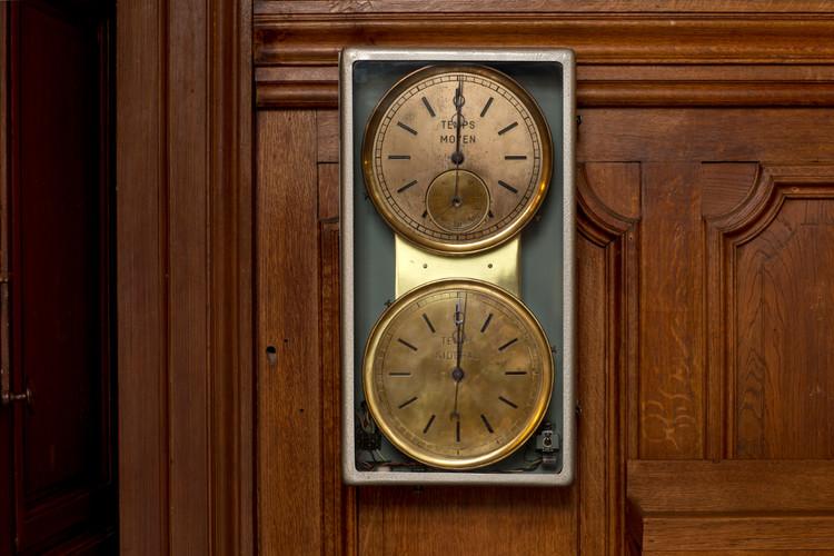 Pendule à double cadran, système Esclangon - droits : Observatoire de Paris