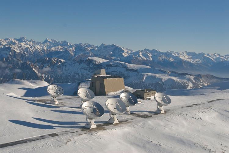 The Bure plateau interferometer - credits : IRAM/Rebus