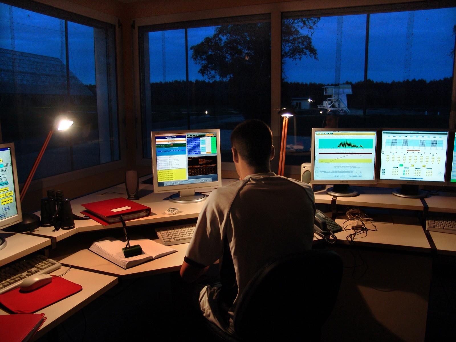La salle de contrôle du Grand Radiotélescope - Droits : A. Willaume