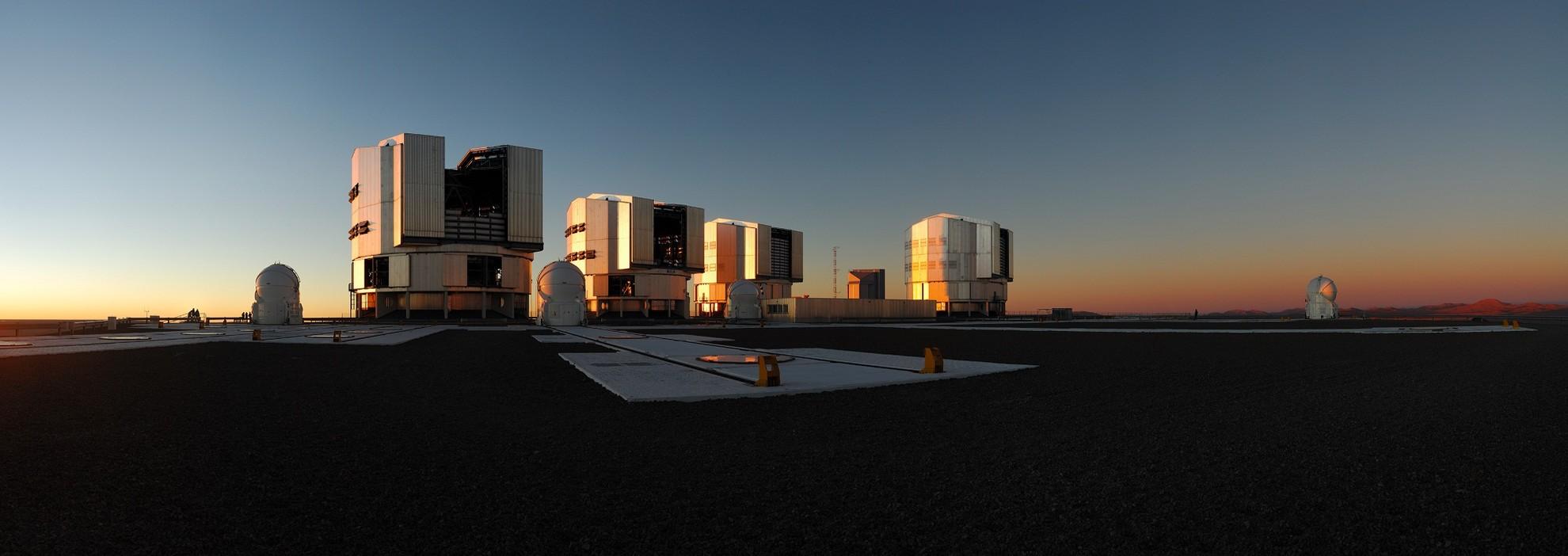 Coucher de soleil au Paranal - Droits : ESO/Y. Beletsky